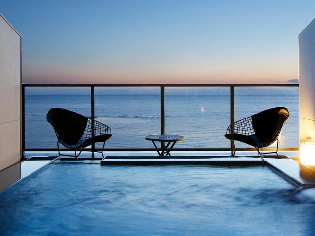 ホテル南風楼 / 【禁煙】海に浮かぶ天空の露天風呂付客室~THE Grand Ocean's