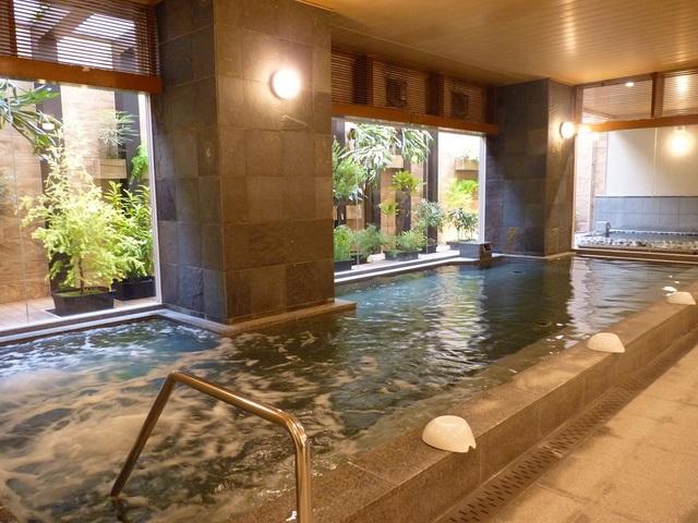 西鉄ホテルクルーム博多 / 温泉大浴場がある素泊まり