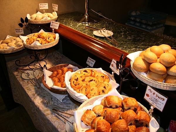 ニューオータニイン東京 / 【嬉しいお土産(バウムクーヘン)と朝食付】贅沢ステイで楽しく旅行しよう!