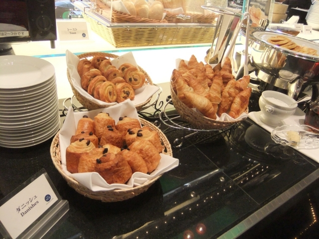 ニューオータニイン横浜プレミアム / 【最強の朝食付】シェフがあなたの為にオムレツを作ります。パパ・ママ必見!添い寝無料 + ミニ宿泊セット
