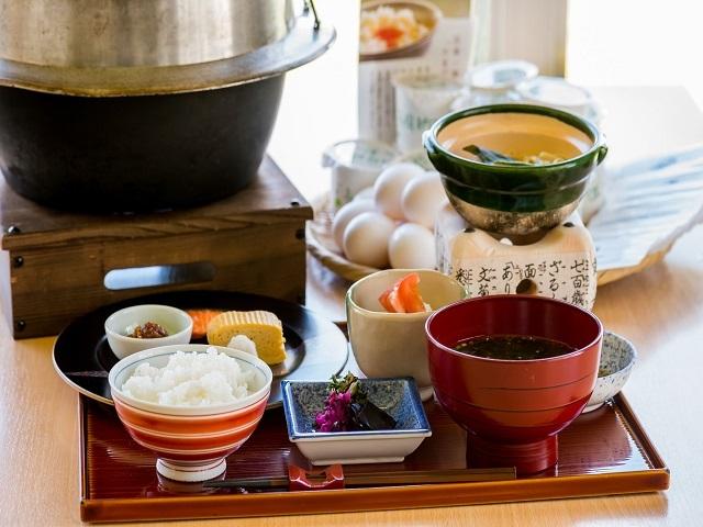 カヌチャベイホテル&ヴィラズ / 【1泊朝食】朝はリゾートでゆったり朝食♪シンプルステイ