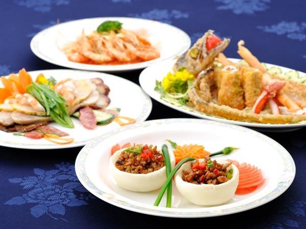 カヌチャベイホテル&ヴィラズ / 【スタンダード】旬の味覚を存分に。料理長自慢のディナーを堪能!選べる夕食付プラン