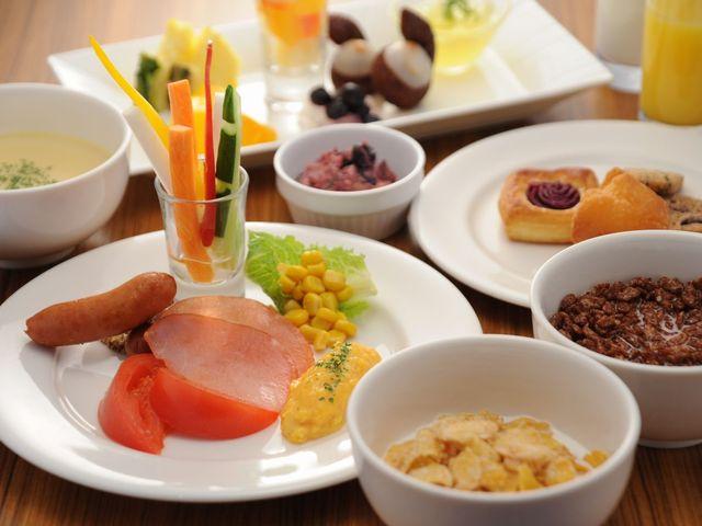 ホテルロコアナハ / 当館イチオシ!50種類以上の朝食バイキング付きプラン