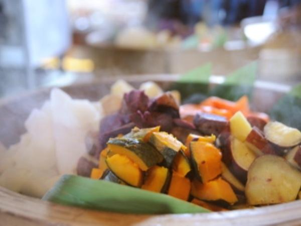 ホテルロコアナハ / 【航空券セット割】ゆったり沖縄満喫♪50種類以上の朝食バイキング付きプラン