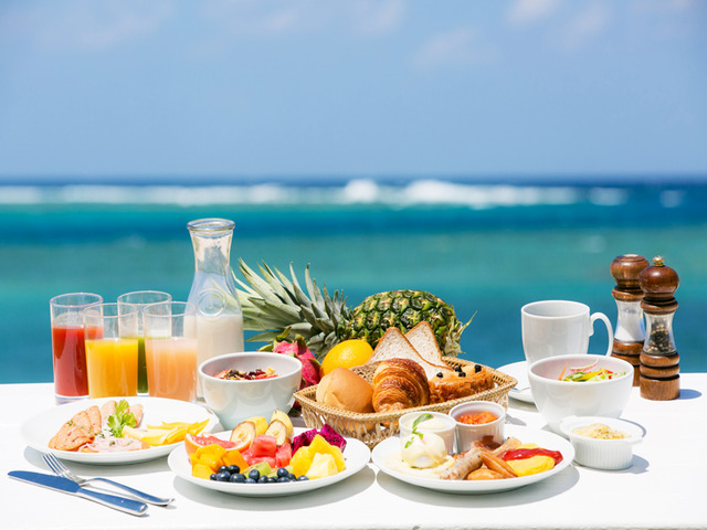 シェラトン沖縄サンマリーナリゾート 【Best Rate】 シェラトン・シンプルステイ(朝食バイキング付)