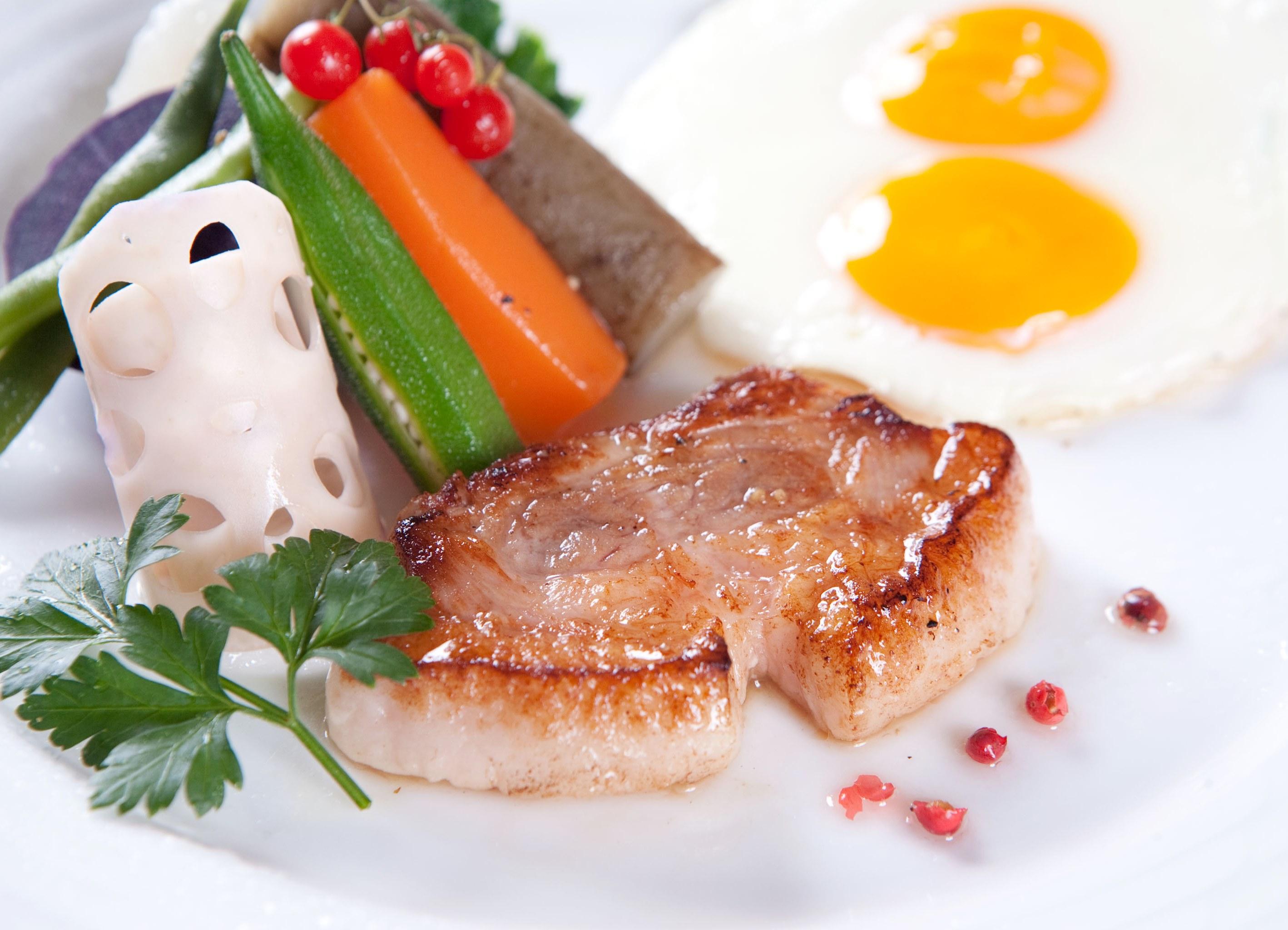 テラスガーデン美浜リゾート / 【あなたのお部屋がレストラン☆】お部屋食スタイルで朝から優雅に♪プライベートルームdeゆったり朝食付