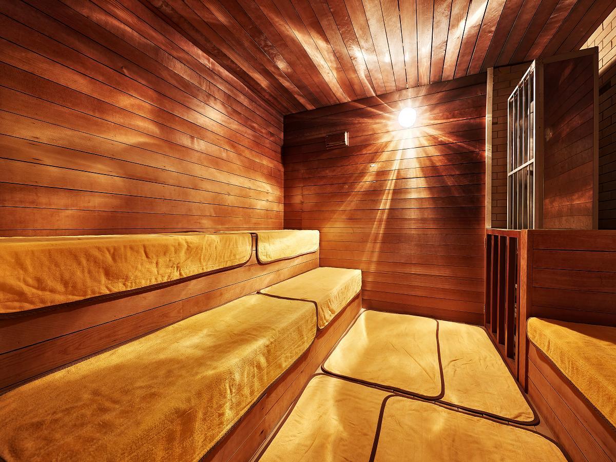 クラウンホテル沖縄 / 【WEB割】お手頃価格でご宿泊♪ クラウンホテル沖縄(本館)《朝食付》