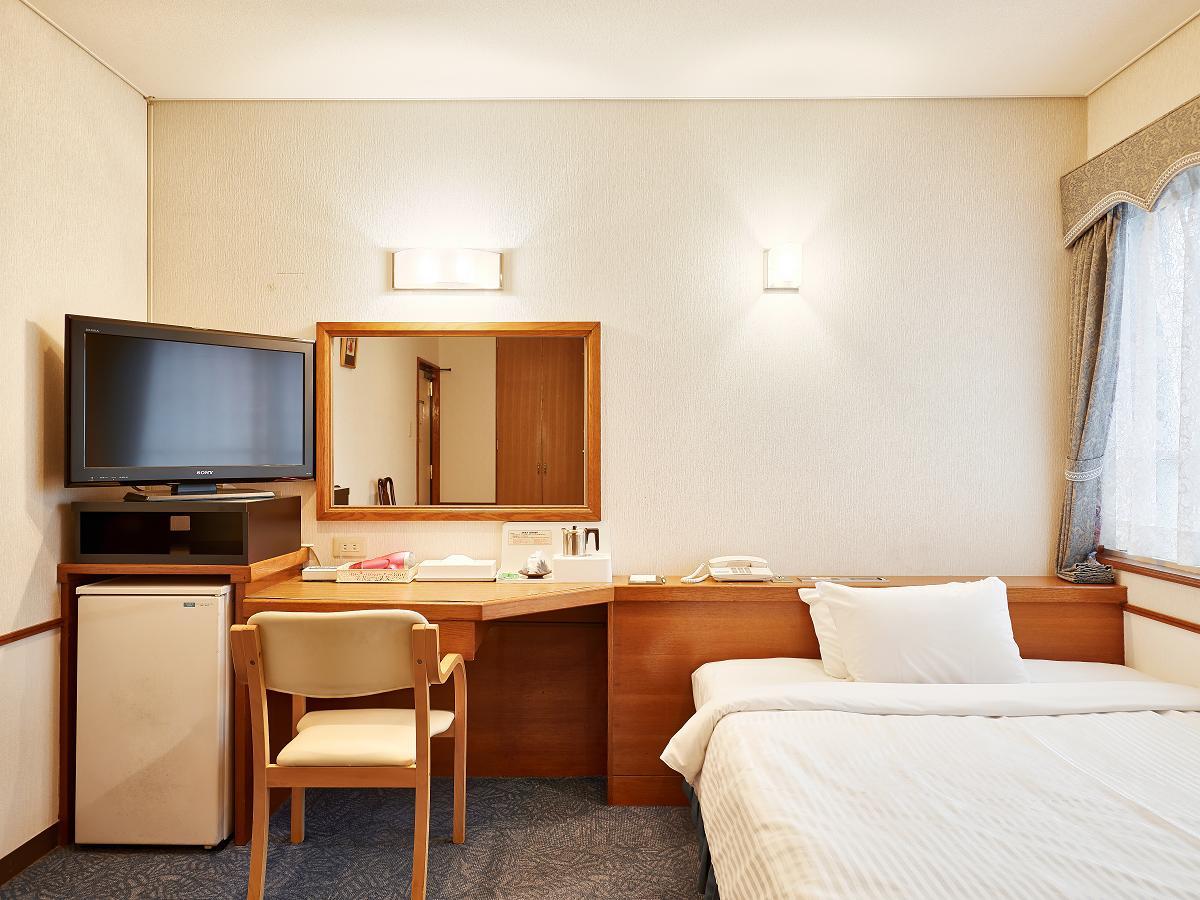 クラウンホテル沖縄 / 【早割14】14日前からのご予約がおすすめ♪ クラウンホテル沖縄(本館)《素泊り》