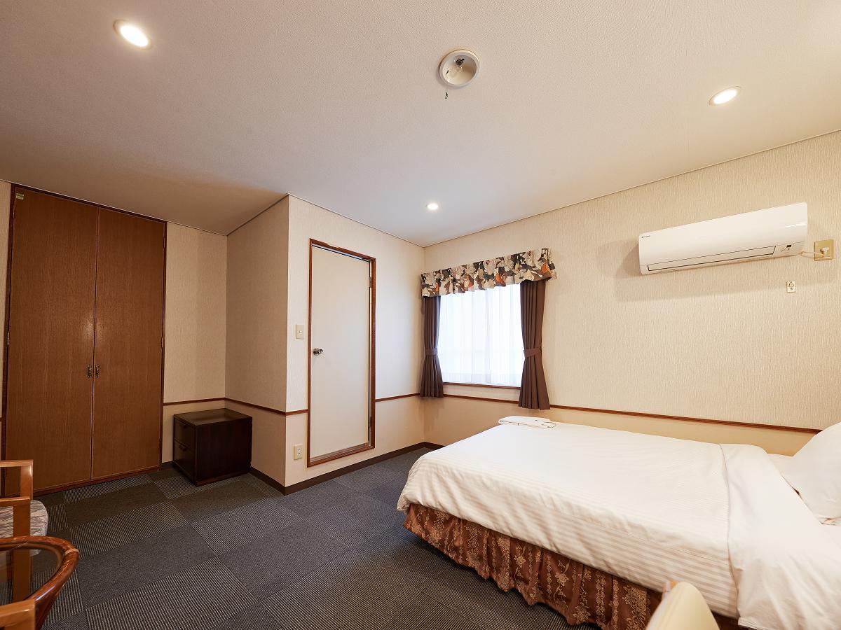 クラウンホテル沖縄 / 【早割45】45日前からのご予約がおすすめ♪ クラウンホテル沖縄(本館)《朝食付》