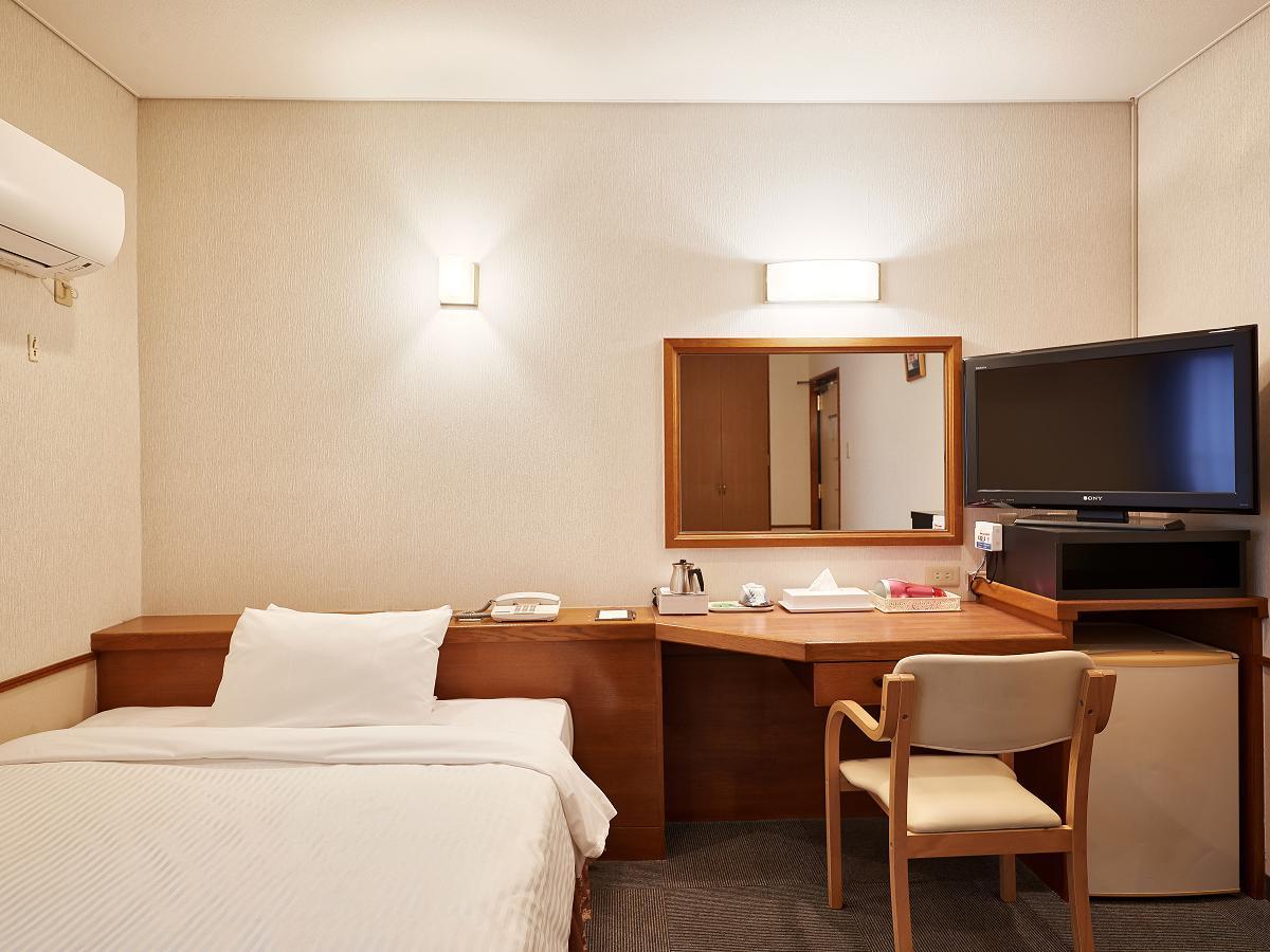 クラウンホテル沖縄 / ダブル【喫煙】