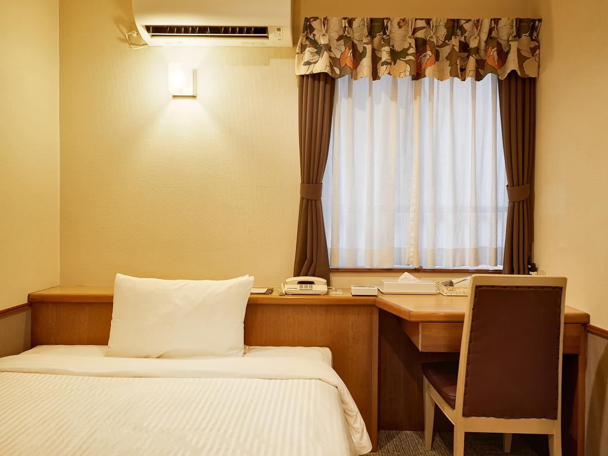 クラウンホテル沖縄 / エコノミーダブル【禁煙】