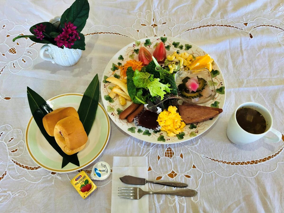 にらい恩納 / 沖縄北部にある海と自然に囲まれたプライベートコテージ(朝食付き)