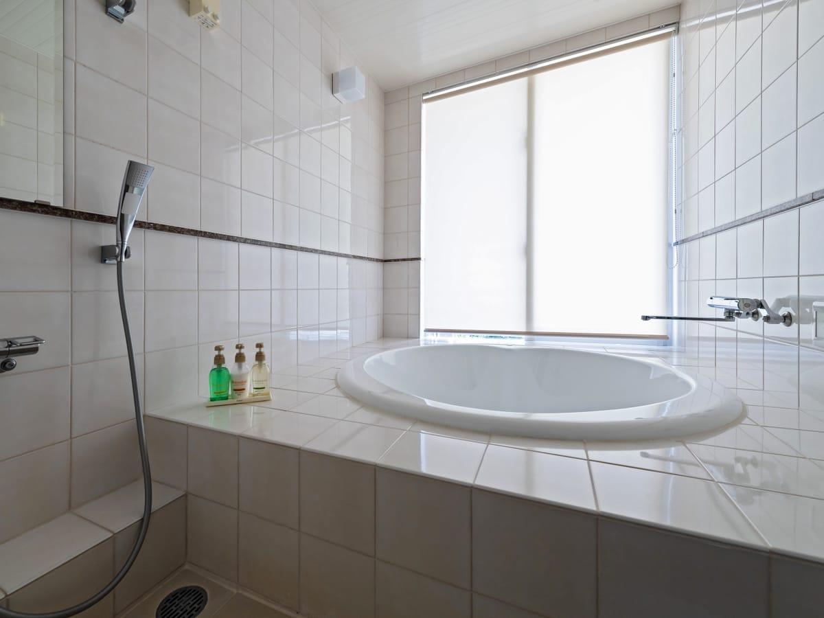 オディシス恩納リゾートホテル / ファミリールーム 和洋室