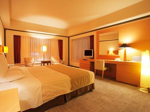 ホテルオークラ札幌 / 【禁煙】スイートルーム 73㎡ (ダブル・ベッド幅182cm)