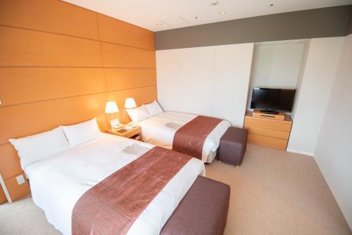 ホテルJALシティつくば / スイート(禁煙室) 広さ64.0㎡/ベッド幅120cm