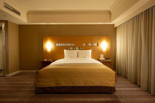 ホテルオークラ福岡 / デラックスダブル 47平米 ◆禁煙◆