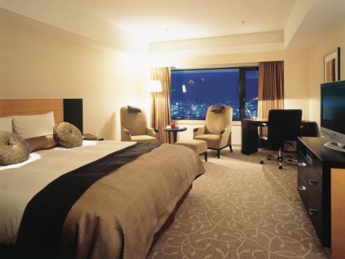 ホテルオークラ神戸 <SAVERルームサービス朝食付>基本プラン/最上層フロア30階以上!地上100mから神戸の夜景を(朝食付)