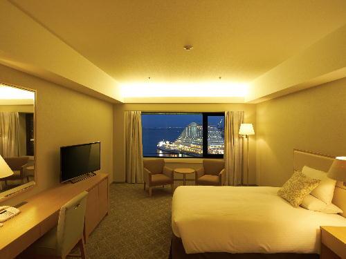 ホテルオークラ神戸 <喫煙>メインフロア デラックスダブル6~15階(37平米)