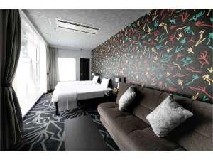 さきしまコスモタワーホテル /  デザイナーズハリウッドツイン【39平米/禁煙】
