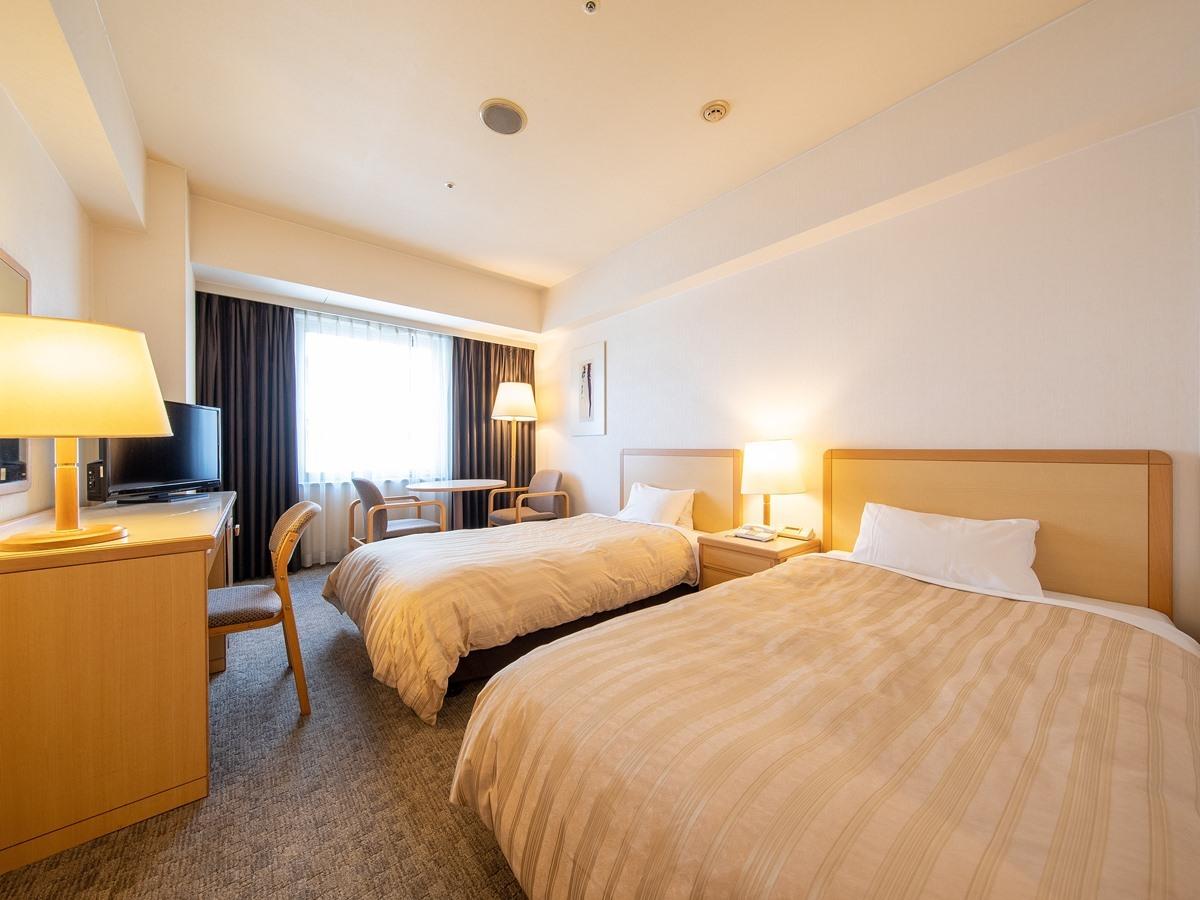 プレジデントホテル水戸 / スタンダードツイン◆喫煙◆110cm幅のベッド×2台♪