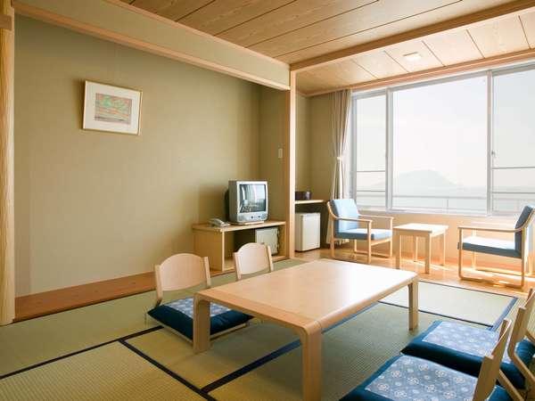 休暇村 志賀島 / 海が見える和室