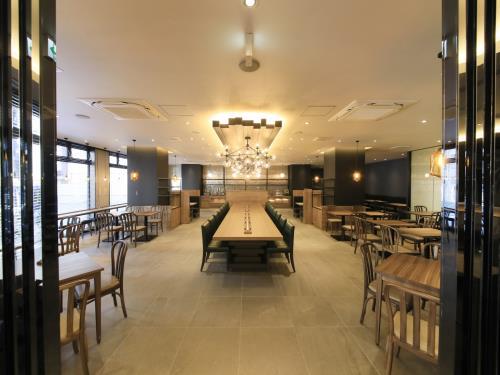 クインテッサホテル福岡天神南 <九州・応援>【お部屋で一杯・晩酌プラン】<80種類の朝食ブッフェ付き>