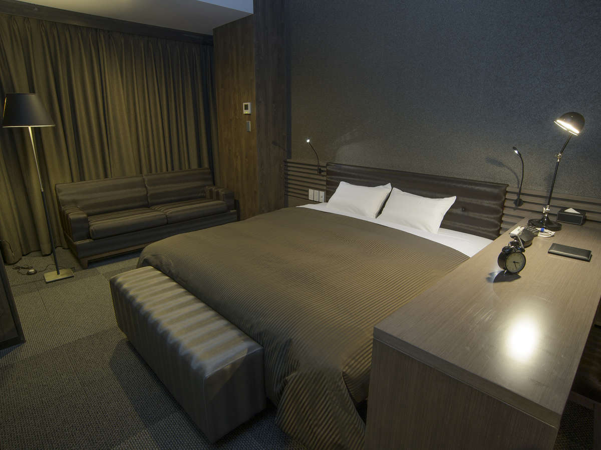 ホテルリリーフ 札幌すすきの ☆デラックスダブルルーム(禁煙)180cm幅ベッド1台☆