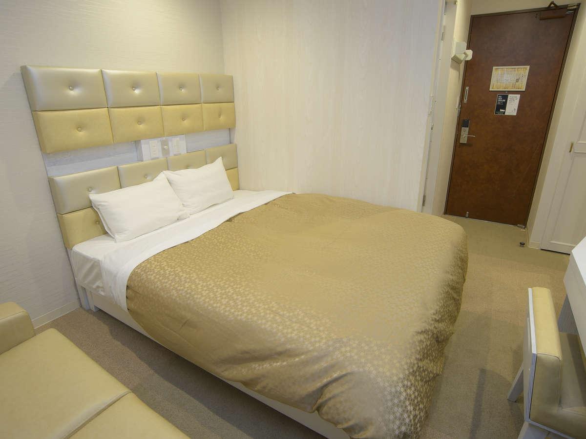 ホテルリリーフ 札幌すすきの ☆ダブルルーム(喫煙)160cm幅ベッド1台☆