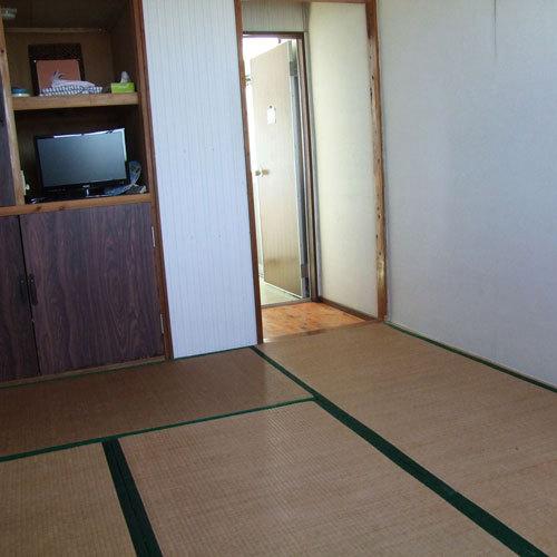 星砂荘 / 和室6畳(海・風車側)