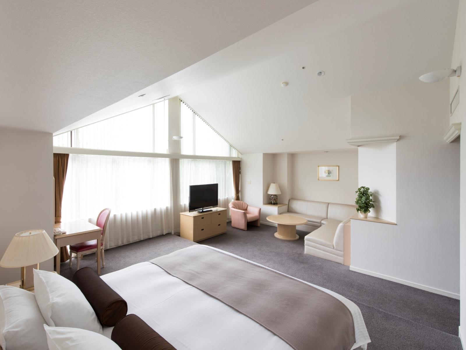 ルスツリゾートホテル&コンベンション / ジュニアスイート洋室2-4名◆禁煙/66㎡◆ダブル×ツイン【DP】