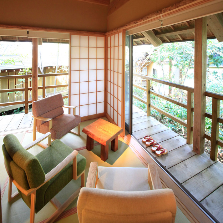 温泉山荘だいこんの花 林をそよぐ 「ブナ」
