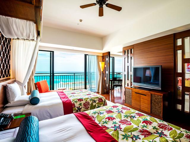サザンビーチホテル&リゾート沖縄 ロイヤルオーシャンスイート 80平米・10階