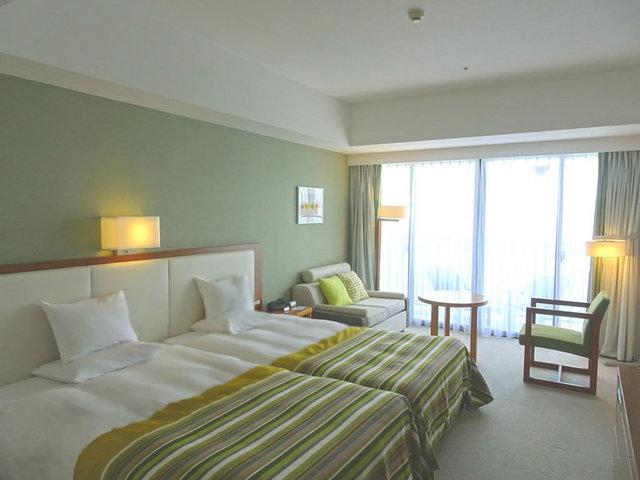 サザンビーチホテル&リゾート沖縄 デラックスハイフロア ハーバー 30平米・8階
