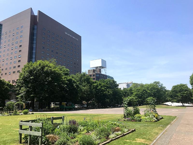 札幌ビューホテル大通公園 【札幌を楽しむ】雪印パーラーのソフトクリーム券付 素泊まり