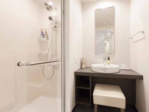 東急ステイ新宿 【シンプルステイプラン】広めの客室と充実設備で「自分らしく暮らすように滞在」【1名】(朝食付)