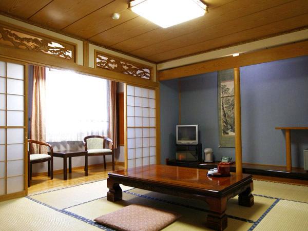 十勝川 国際ホテル筒井 / 和室8畳(バス・トイレ付)