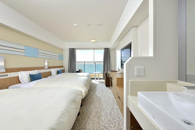 ベッセルホテル カンパーナ沖縄 別館  プレミアムオーシャンフロント禁煙