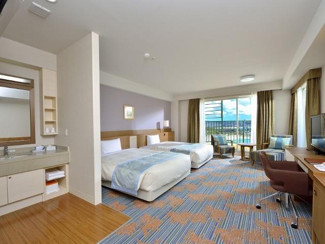 ベッセルホテル カンパーナ沖縄 本館  プレミアオーシャンビューツイン 禁煙