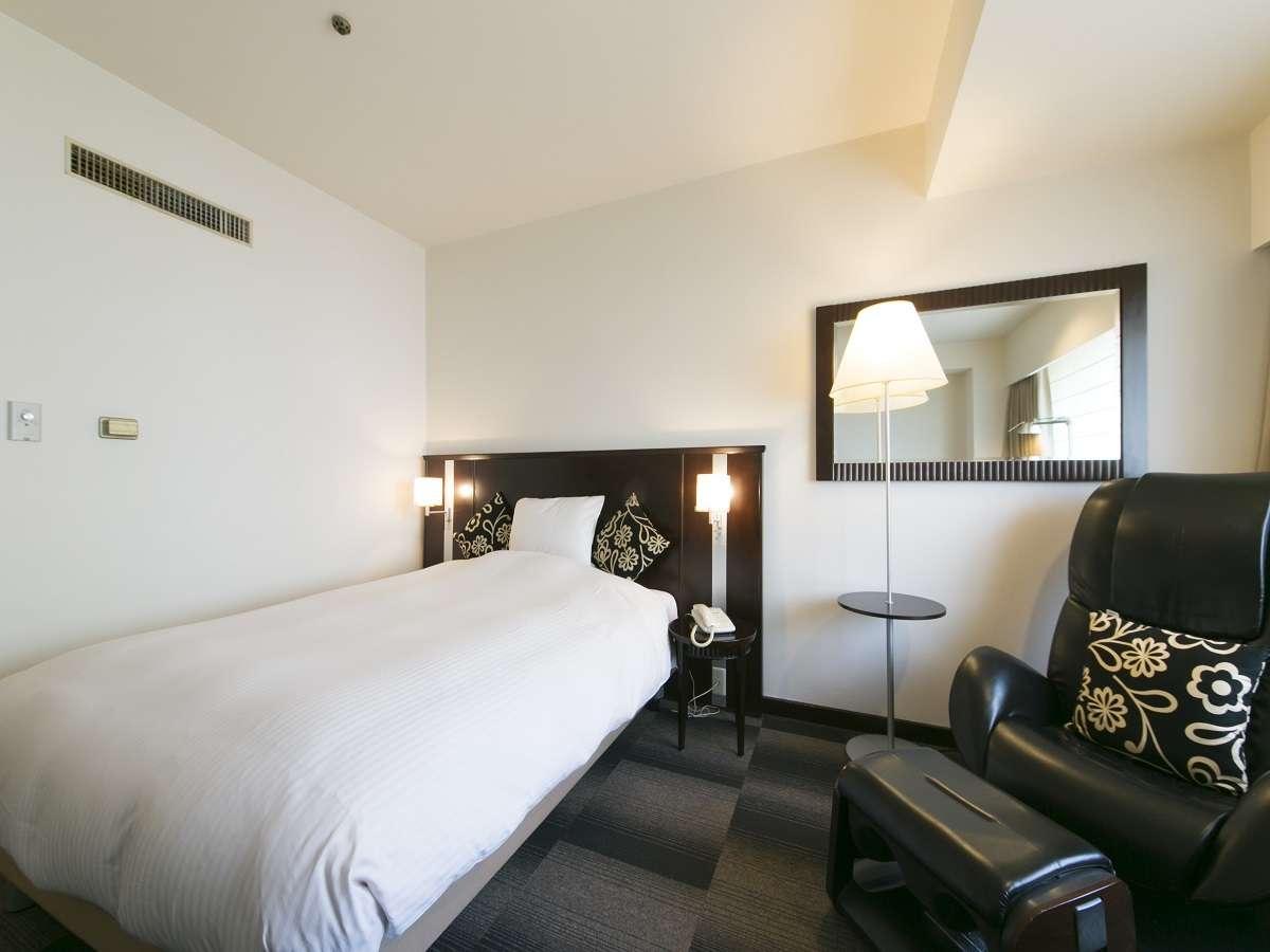 名古屋国際ホテル シングル5 喫煙 22㎡ マッサージチェア付