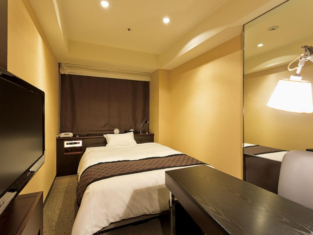 新宿ワシントンホテル(新館) ●喫煙●スーペリアシングル(広さ15.5㎡/ベッド幅1.4m)