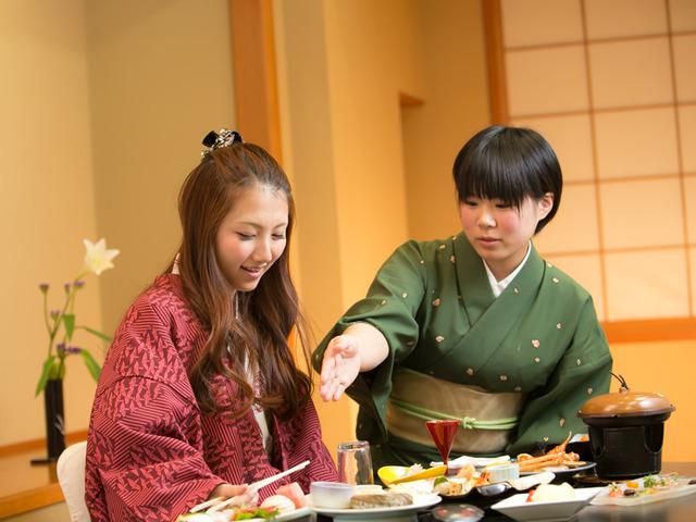 皆生つるや 【夕食はお部屋でお約束!】A5ランク鳥取和牛ステーキ・のどぐろ&日本海の旬魚姿盛りで夕食は豪勢に