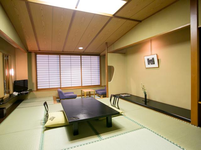 皆生つるや / 【日本庭園・つくよみの庭を臨む】南館客室(和室10畳)ビジネス